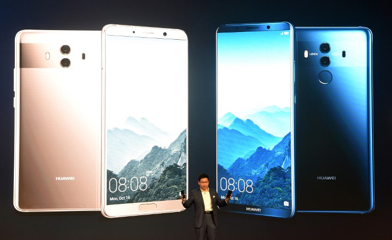 MATE 10. Richard Yu, CEO of Chinese Huawei Consumer Business Group, presents the new Huawei Mate 10 high-end smartphone in Munich, southern Germany, on October 16, 2017. Photo by Christof Stache/AFP
