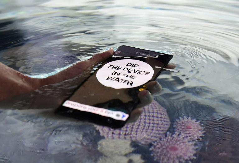 UNDERWATER. The waterproof GalaxyNote7 phone is presented at the IFA (Internationale Funkausstellung) electronics trade fair in Berlin on 31 August 2016. Tobias Schwarz/AFP