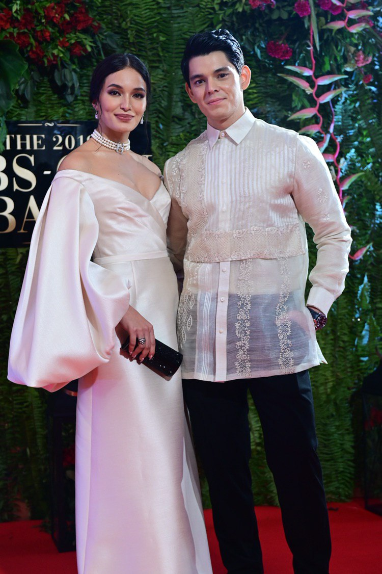 RED CARPET. The couple attend the ABS CBN Ball 2019. File photo by Alecs Ongcal/Rappler