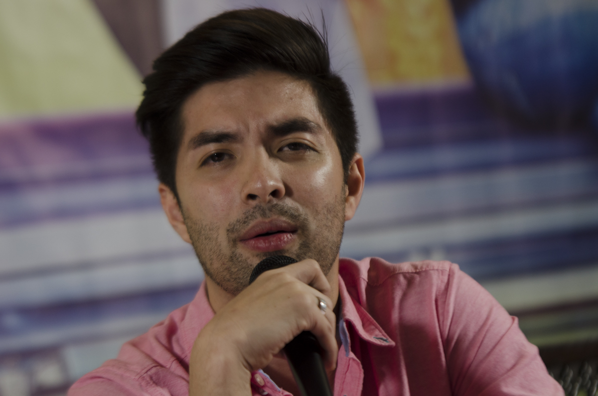 DIFFERENT FROM TRICIA. Screenwriter Eric Cabahug says the character of Joross Gamboa (in photo) is totally different from Paolo Ballesteros' role in 'Die Beautiful'