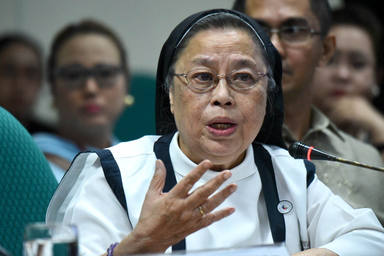NOT DISCRIMINATORY. Sister Mary John Mananzan of St Scholastica's College points out that the bill does not discriminate. Photo by Angie de Silva/Rappler
