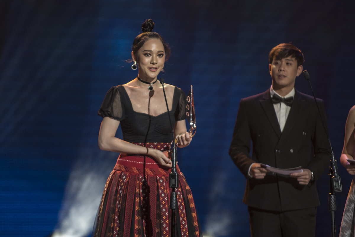 Anyarin Terethananpat wins Best Supporting Actress for her role in 'Loop of Vengeance.'