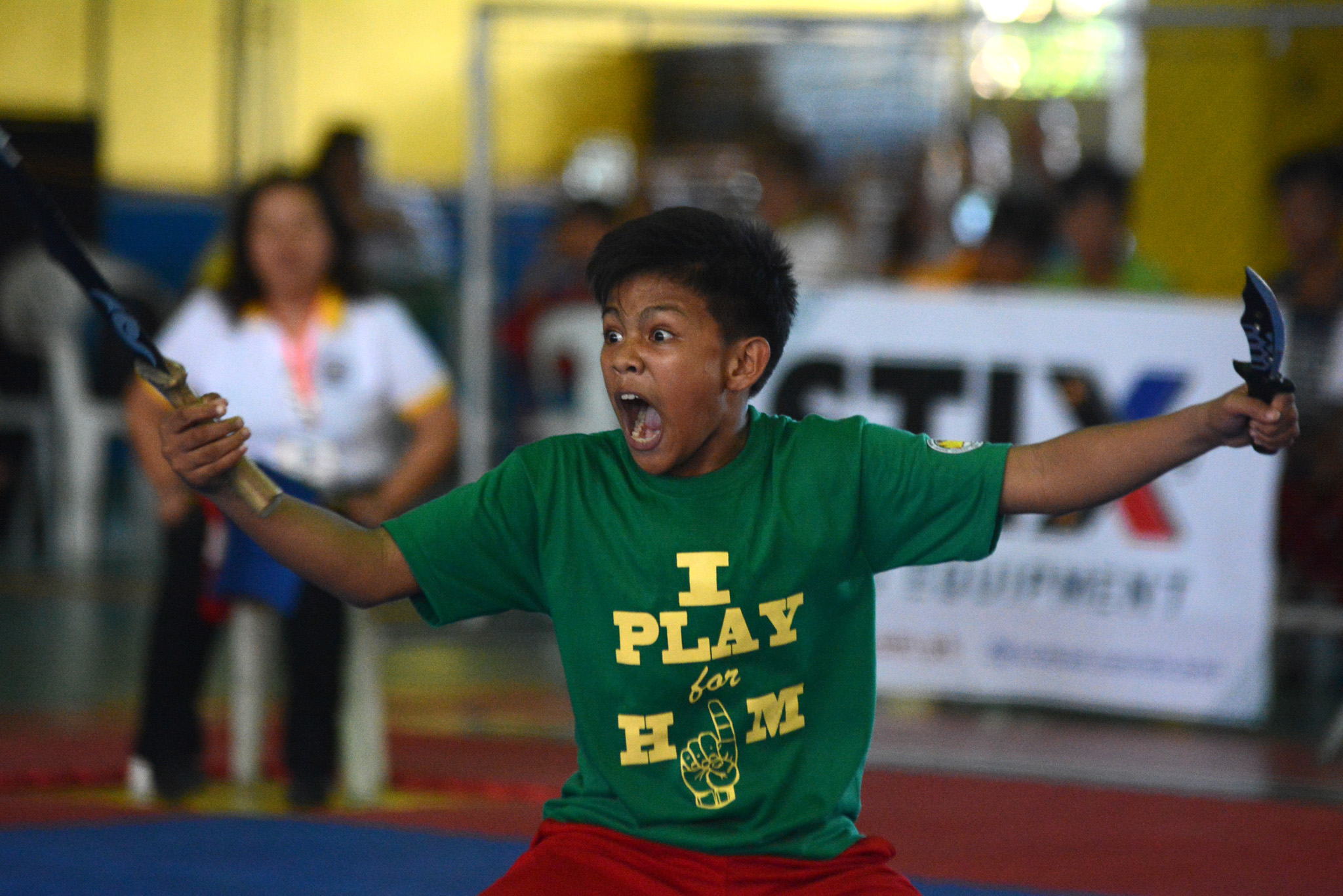 ROAR. An arnis player from CAR in competition. Photo by Roy Secretario/Rappler