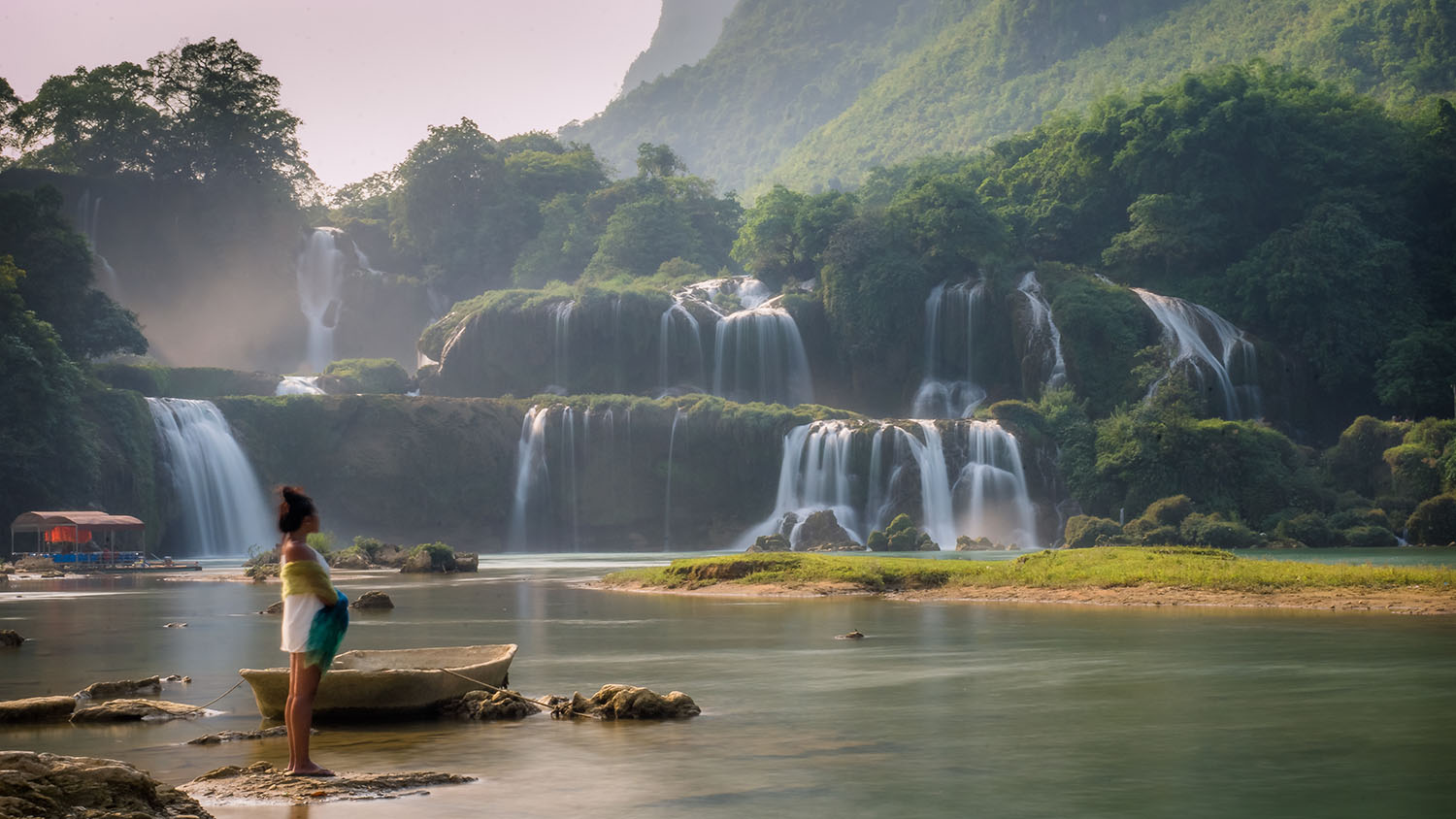 BAN GIOC WATERFALL. This body of water separates Vietnam from China. Photo by Tobias Nussbaumer/Rappler