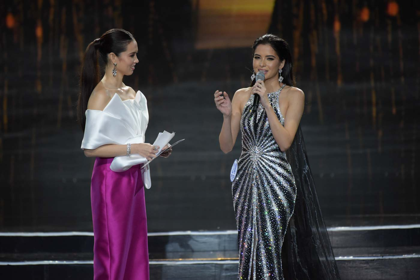 Kelley Day during the informal conversation of the pageant with host Laura Lehmann. Photo by Alecs Ongcal/Rappler