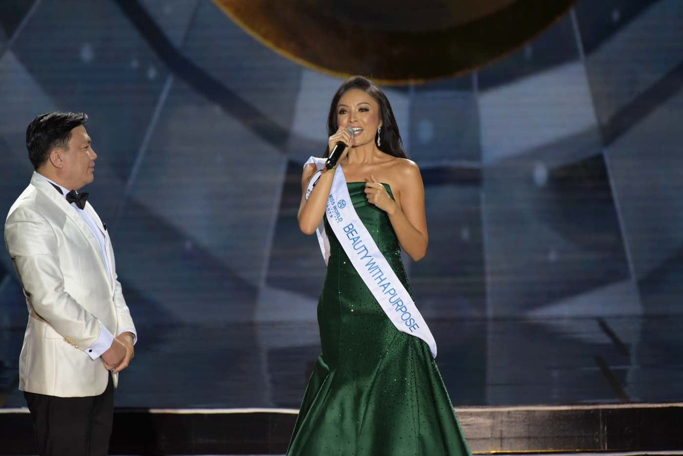 EMOTIONAL. Glyssa gives a speech after winning the Beauty with a Purpose award. Photo by Alecs Ongcal/Rappler