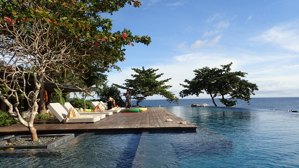 ECO-FRIENDLY ACCOMMODATION. Amorita Resort in Panglao has been recognized as an ASEAN Green Hotel for the past few years. Pictured is one of the resortu2019s infinity pools.