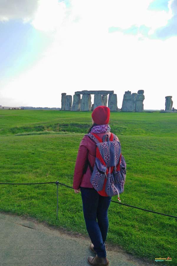 Seeing ancient wonders at Stonehenge.jpg