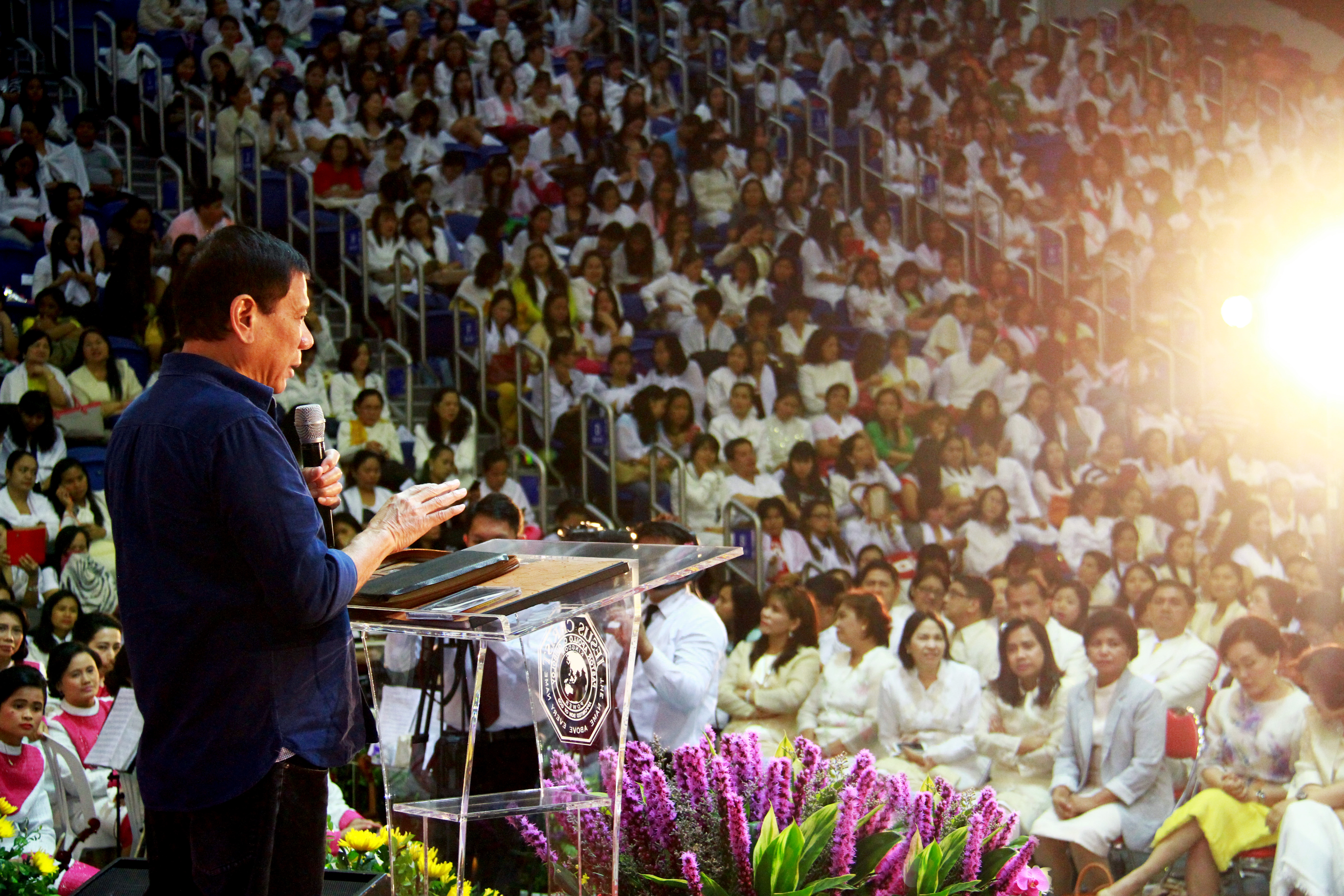 DUTERTE IN HK. Overseas Filipino workers in Hong Kong remain hopeful Duterte will make up his mind to run for president. Sonshine photo