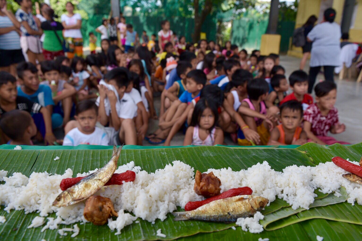 URGENT. FIAN-Philippines and the National Food Coalition remind the public that hunger is still a reality that needs to be addressed urgently. Photo by LeAnne Jazul/Rappler