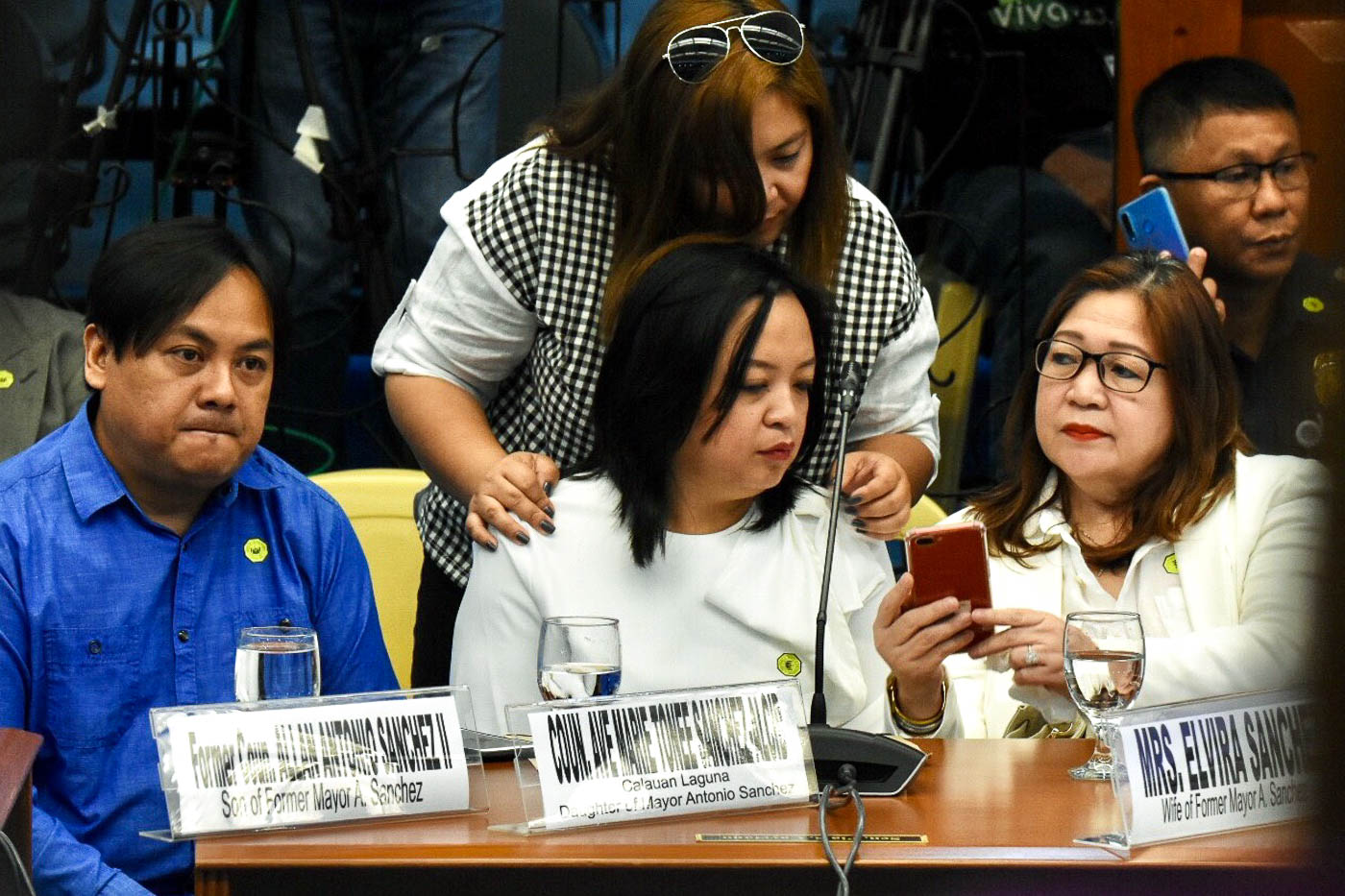FAMILY. Antonio Sanchez's wife and 3 children attend the second day of the Senate Blue Ribbon Committee hearing on Good Conduct Time Allowance on September 3, 2019. Photo by Angie de Silva/Rappler