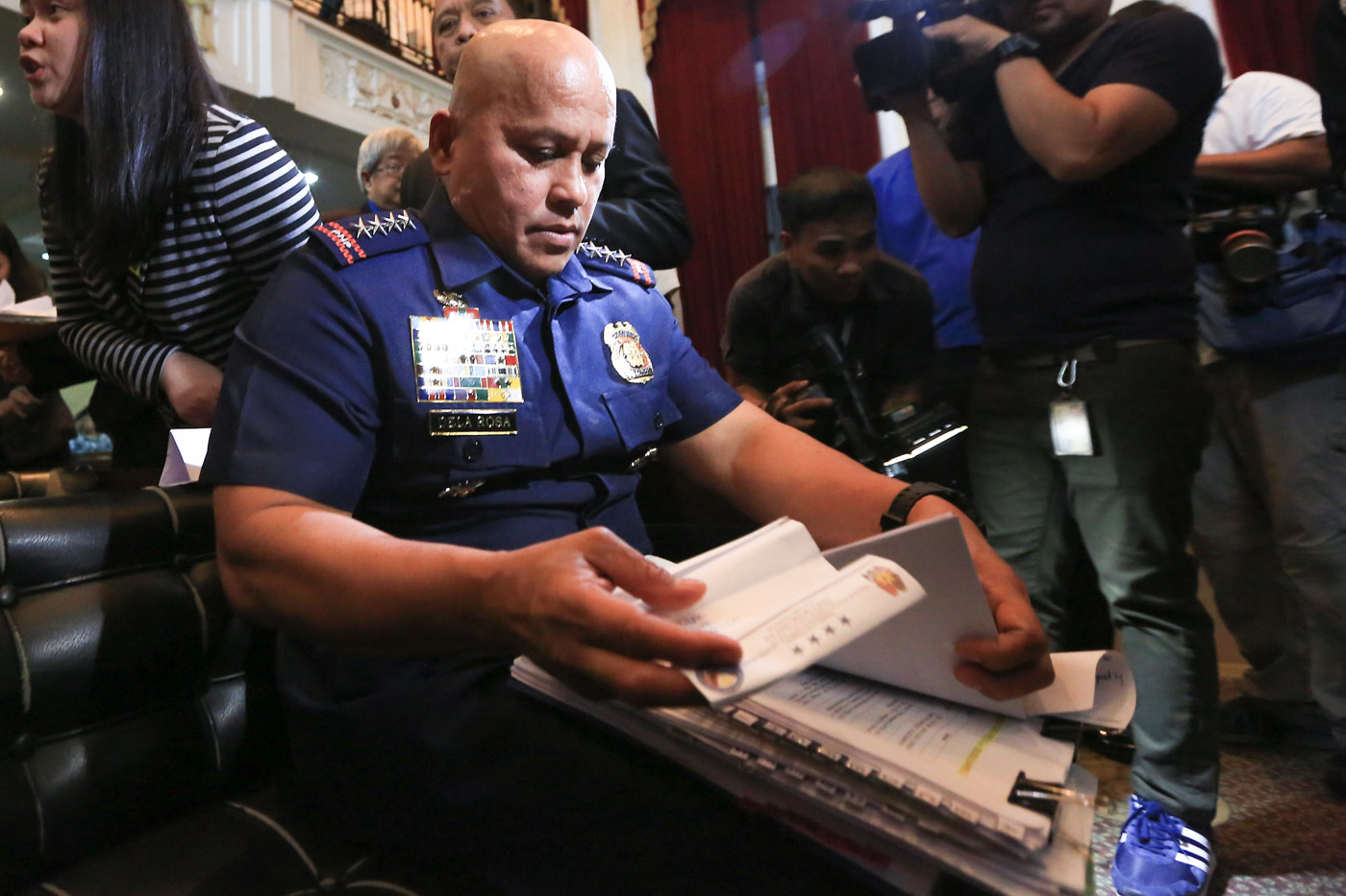 ORAL ARGUMENTS. Police chief Ronald u0022Batou0022 dela Rosa is compelled to the Supreme Court to defend Oplan TokHang. Photo by Ben Nabong/Rappler