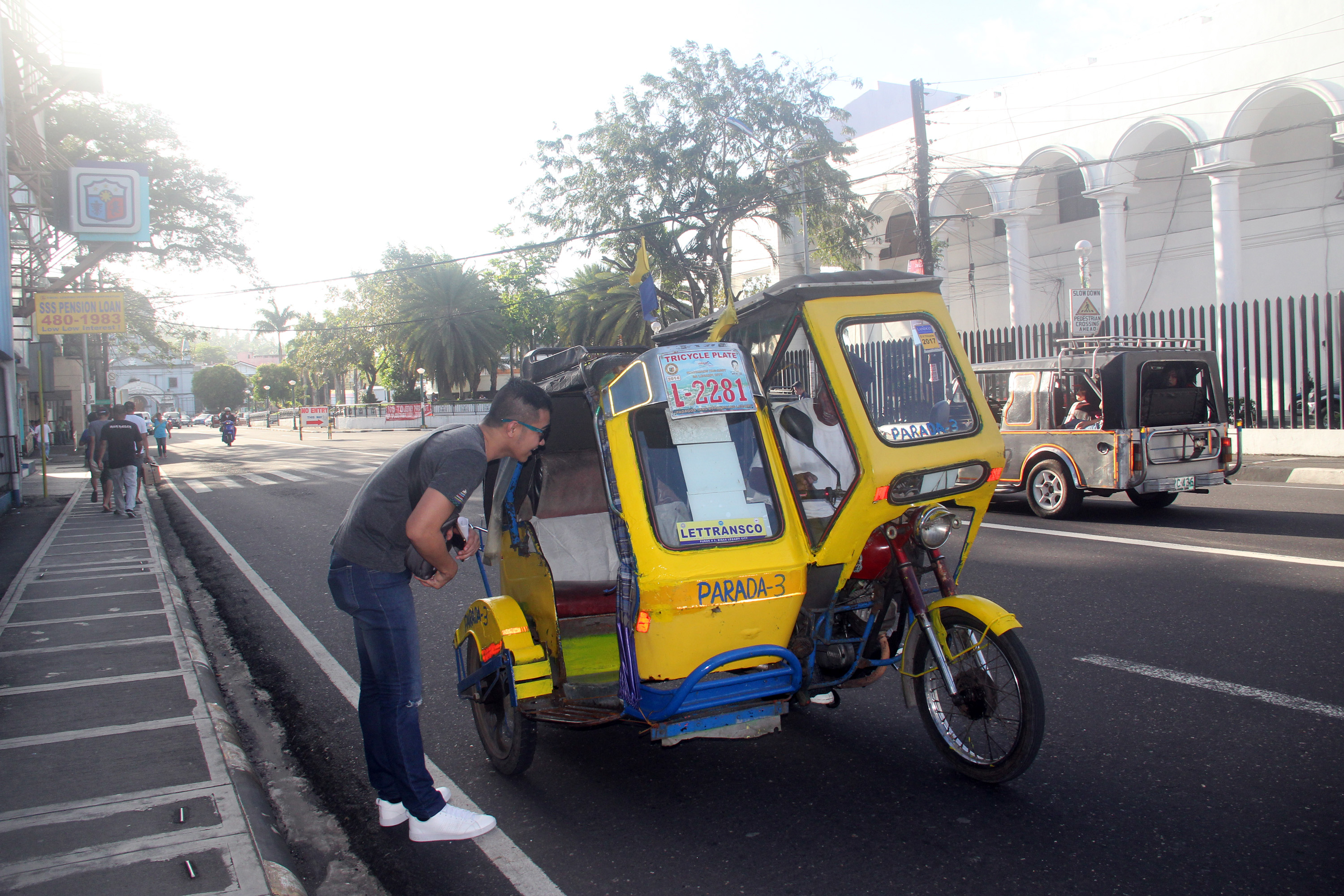 ROAMING TRIKES. Tricycles roam around the main thoroughfare in Legazpi City as jeepney drivers launched a regionwide transport strike. Photo by Rhaydz B. Barcia/Rappler