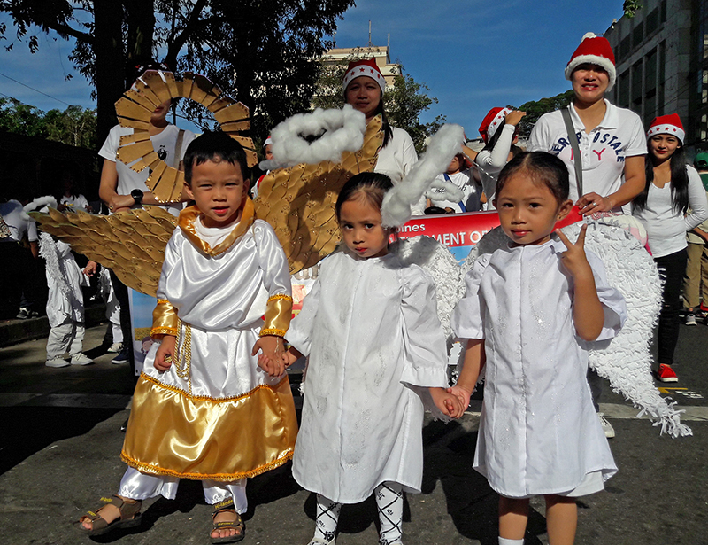 GOLDEN WINGS. More little angels join the parade. Photo by Mau Victa/Rappler