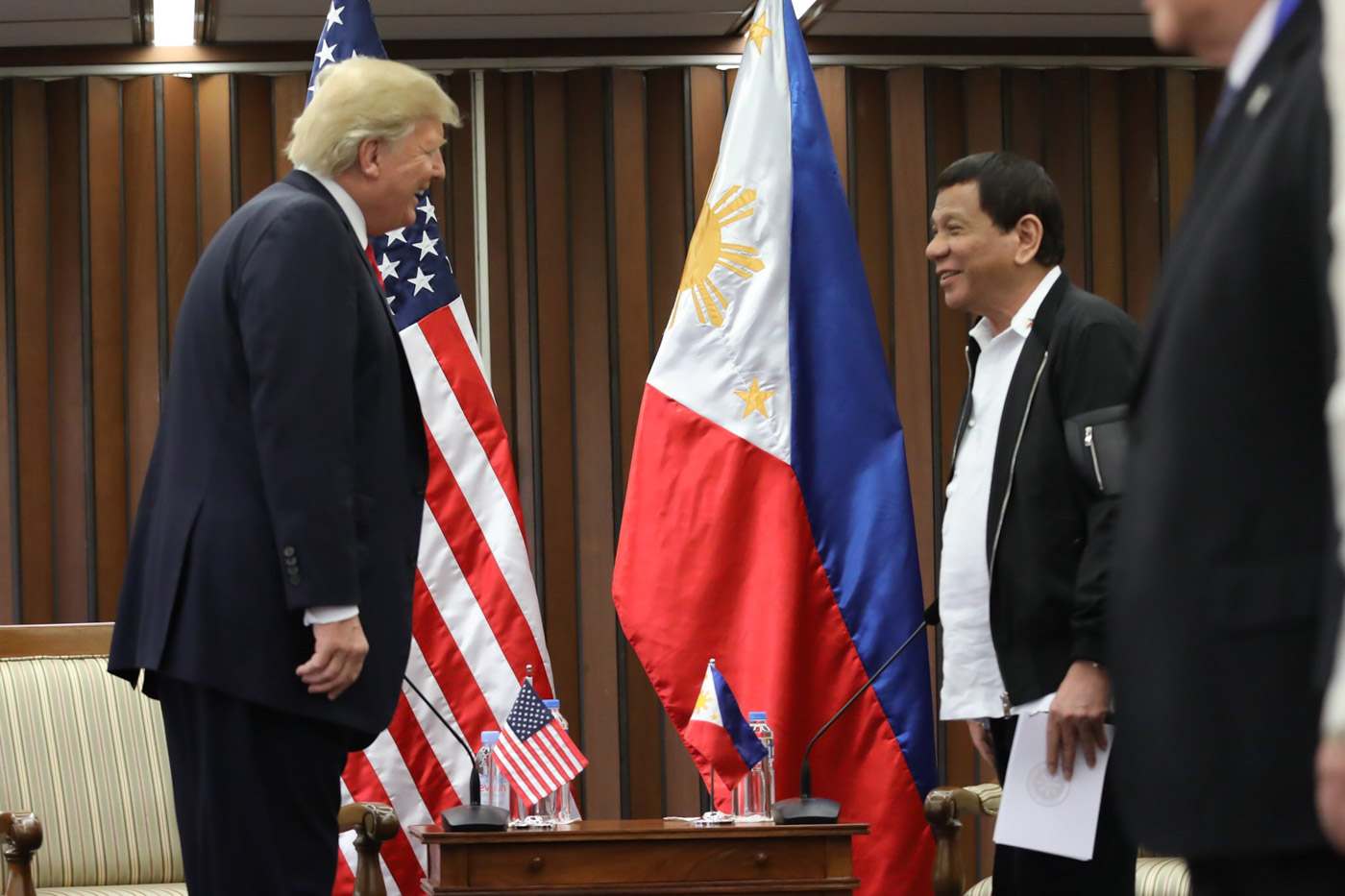 SIMILAR LEADERS. President Rodrigo Duterte and US President Donald Trump share a light moment during their bilateral meeting. Malacau00f1ang photo