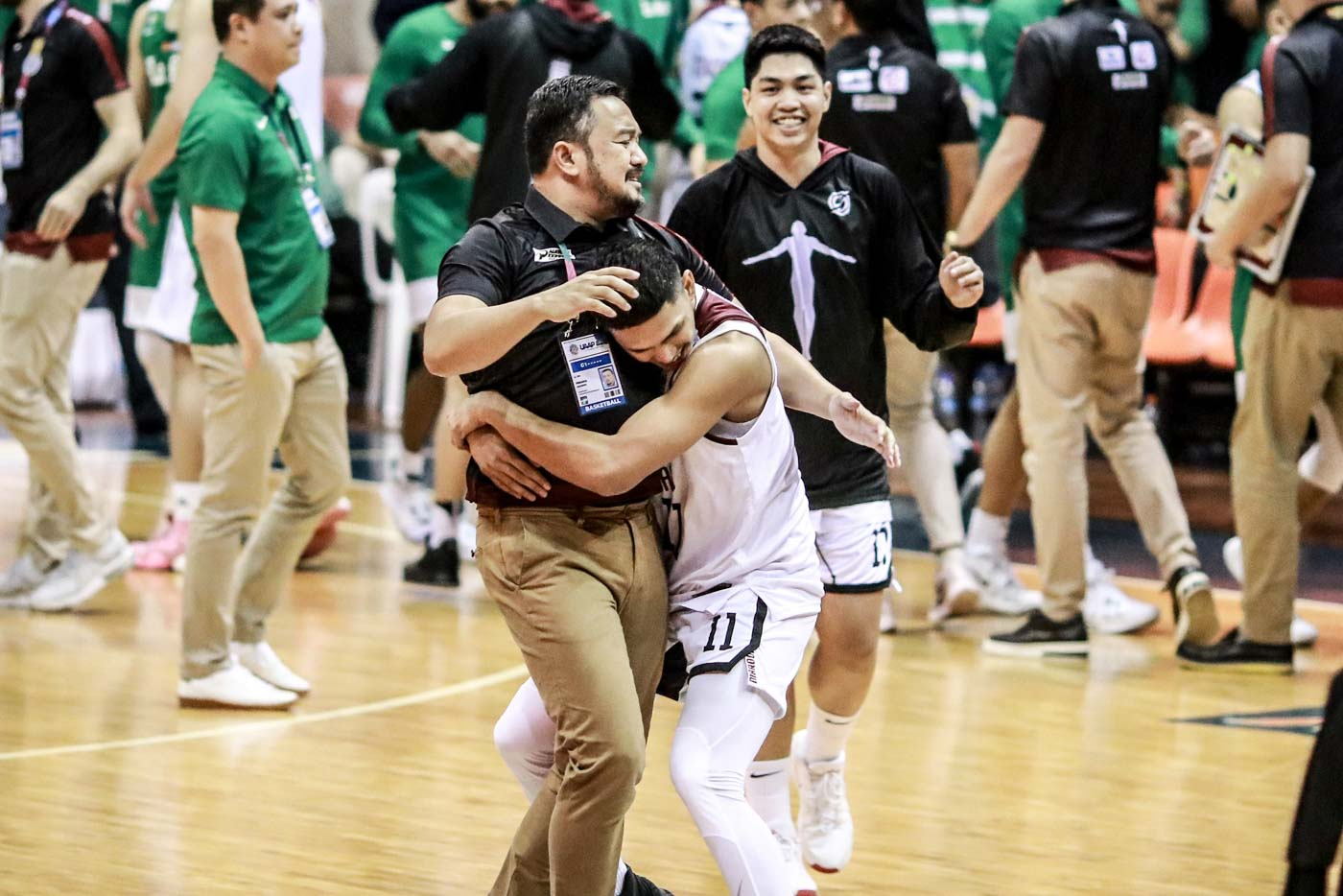 PRIDE. 'Right now we should at least be given the chance to be proud of what we have done,' says UP coach Bo Perasol. Photo by Michael Gatpandan/Rappler