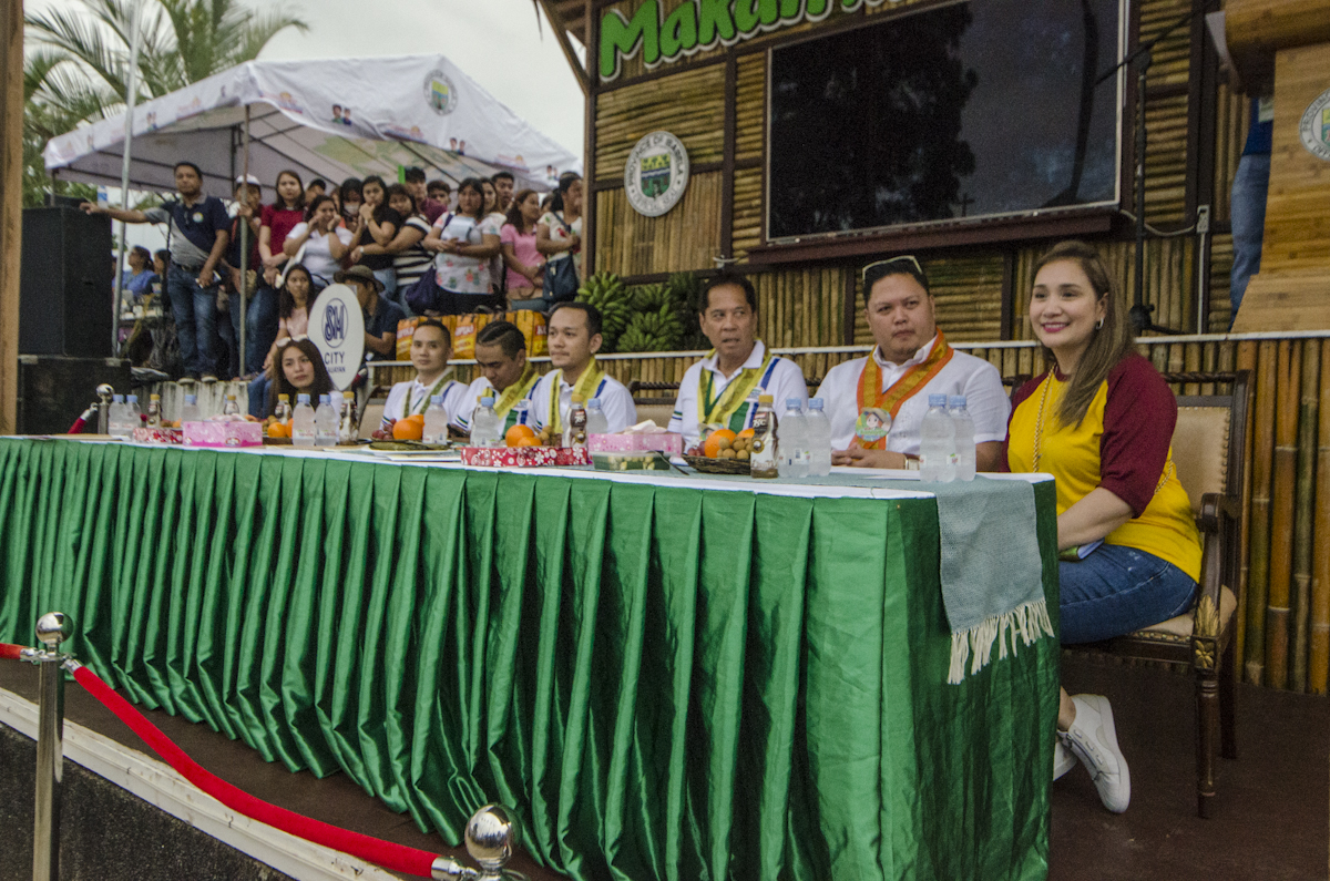 MAKAN KEN MAINUM. The judges of the cookfest is headed by Isabela's first lady Ann Dy and Sandy Daza at the Bambanti Village