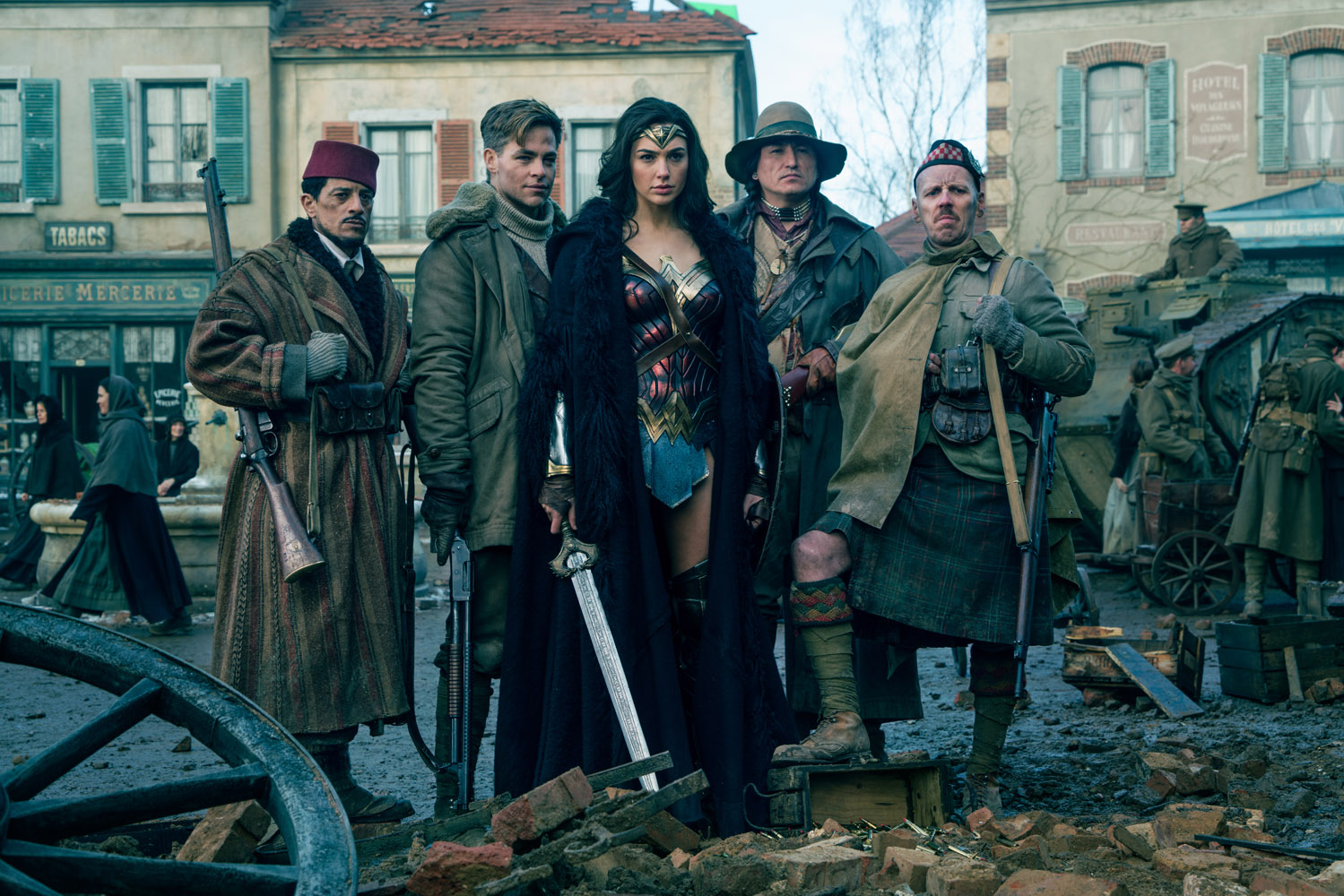 Perang Dunia I dipilih sebagai latar dalam film 'Wonder Woman'. Foto dari Warner Bros Pictures