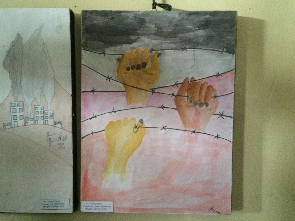 DILEMA PENGUNGSI. Lukisan Parisa Naemi, 17 tahun, pencari suaka asal Afghanistan yang menceritakan dilema pengungsi. Foto oleh Febriana Firdaus/Rappler