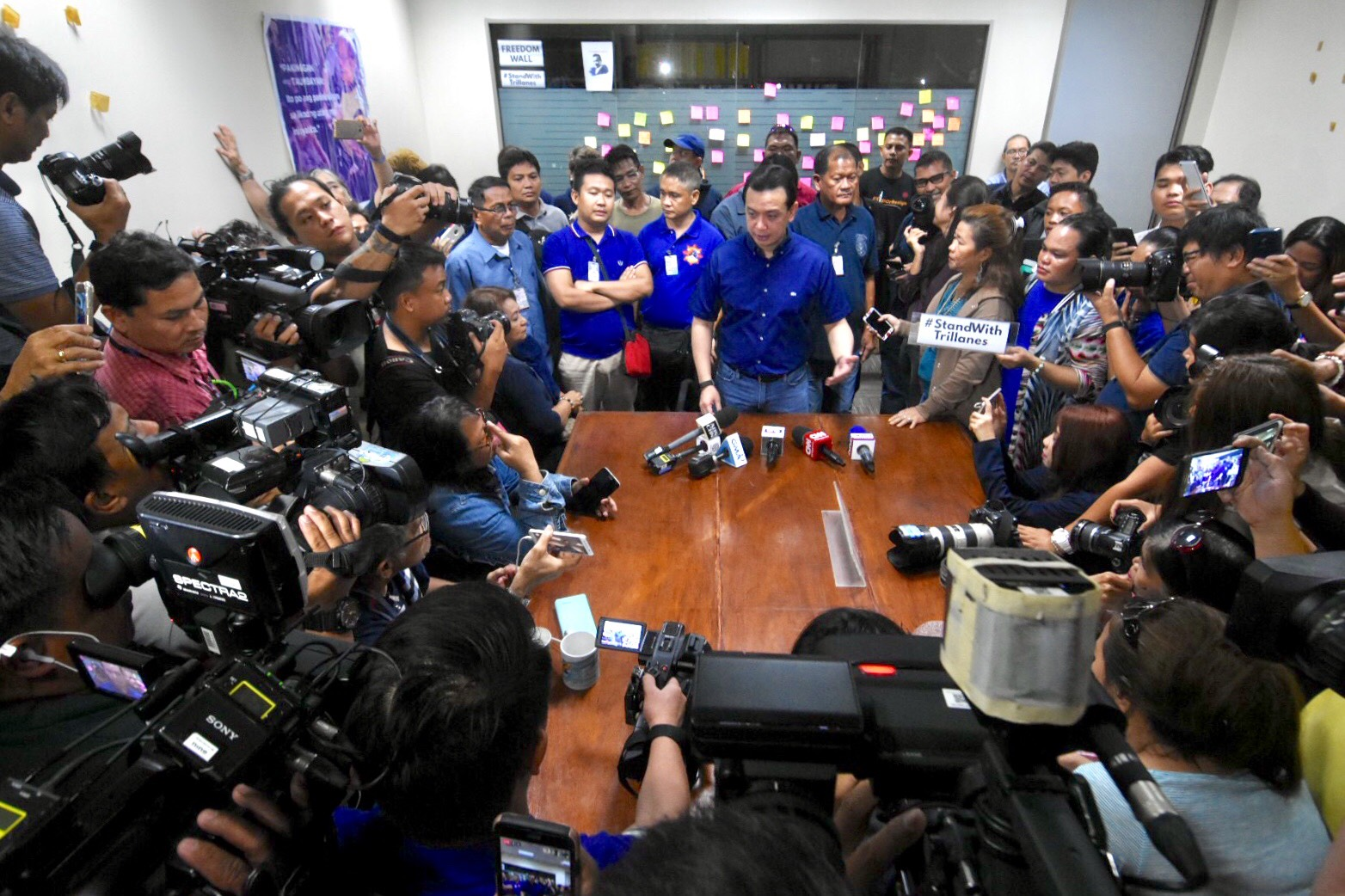 CHALLENGE. Senator Trillanes holds a press conference on Friday morning, September 7 as he continues to challenge President Duterte's proclamation voiding his amnesty. Photo by Angie de Silva/Rappler