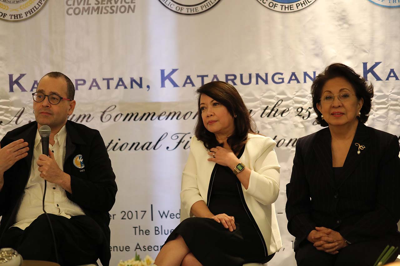 CONSTITUTIONAL BODIES. Human Rights Commissioner Chito Gascon, Chief Justice Maria Lourdes Sereno and Ombudsman Conchita Carpio Morales attend the Constitutional Fiscal Autonomy Group (CFAG) forum on November 29, 2017. Photo courtesy of the Office of the Ombudsman/PRIMB