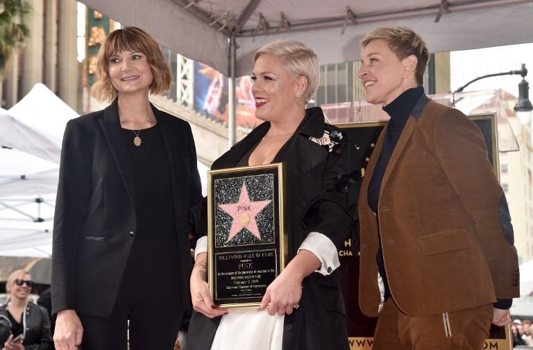 SUPPORT. Keri Kenney-Silver, Pink and Ellen Degeneres attend the ceremony honoring Pink. Photo by Alberto E. Rodriguez/Getty Images/AFP