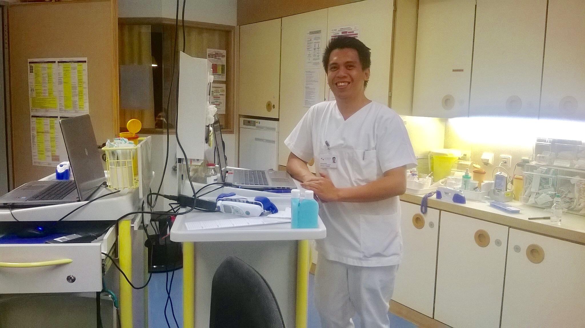 FILIPINO NURSE. Jimmy Carpon has finally become a full-fledged nurse at the University Hospital Tubingen in Germany.