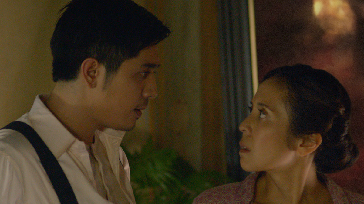 TORN. Paula (Rachel Alejandro) and Tony Javier (Paulo Avelino) talk about whether to sell her father's painting