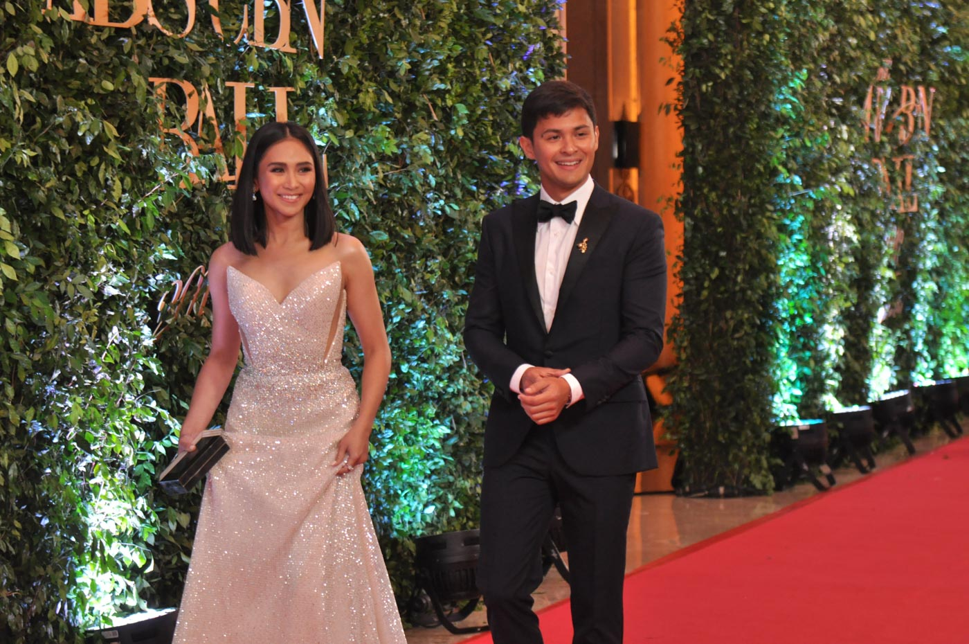 NIGHT AT THE BALL. The couple walk the red carpet at the 2018 ABS-CBN Ball. File photo by Jay Ganzon/Rappler