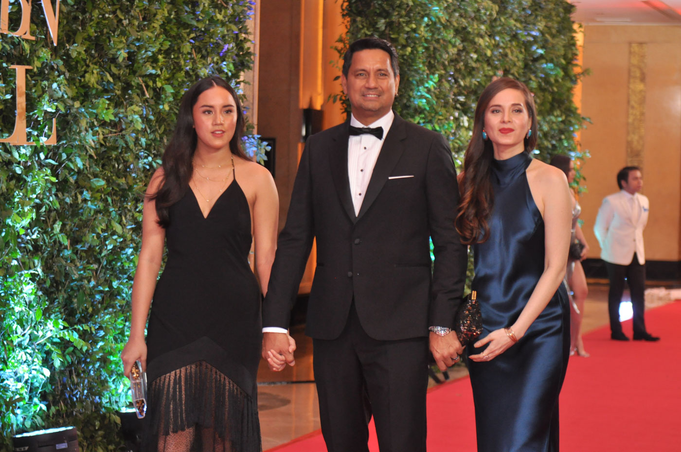 FAMILY AFFAIR. Richard Gomez, wife Lucy and daughter Juliana at lat year's ball. File photo by Jay Ganzon/Rappler