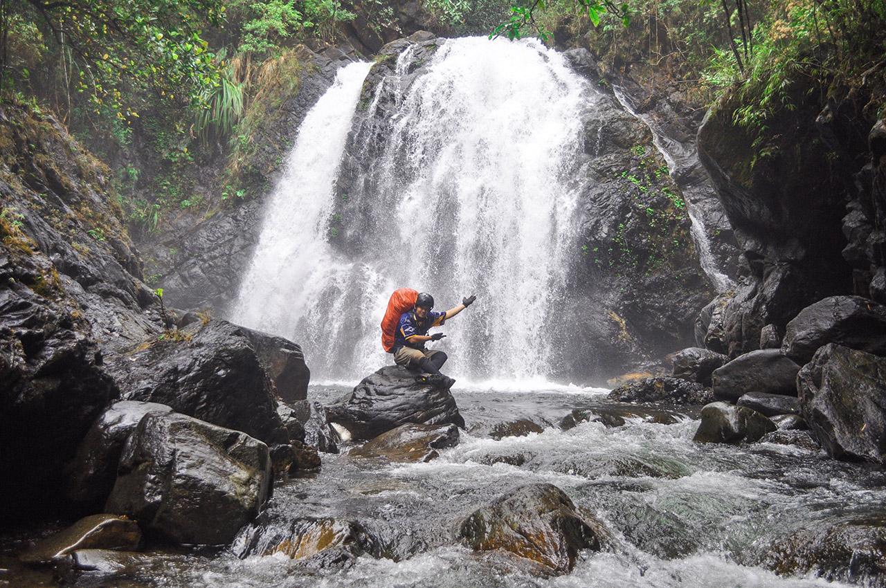 NATURAL SPLENDOR. Estrella's 64th waterfall is a visual treat to adventure junkies. Photo courtesy of Jehson Cervancia/Narra Municipal Tourism Office