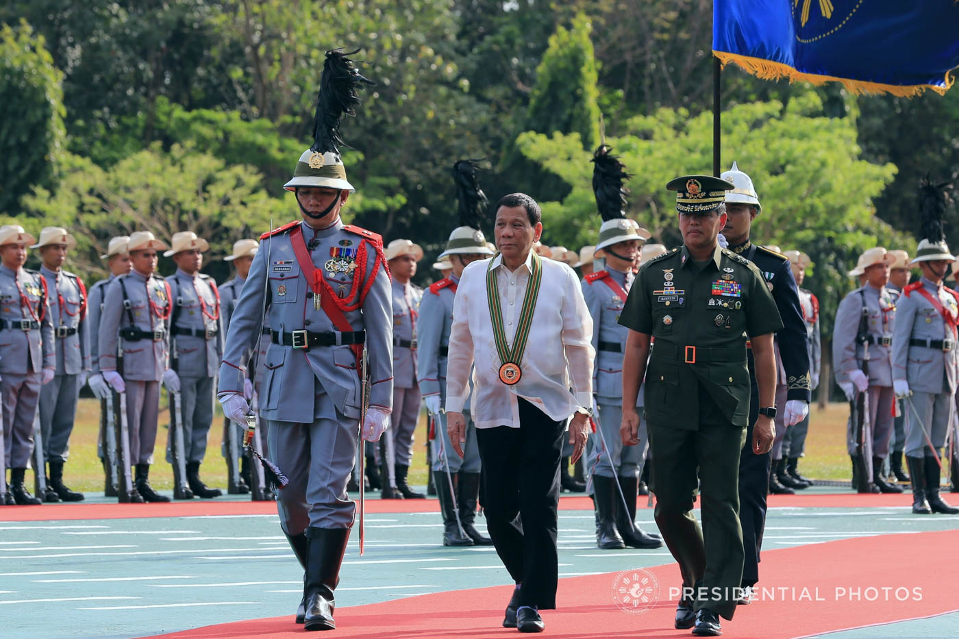 HONORS. President Rodrigo Duterte is accorded foyer honors upon his arrival at the Philippine Army headquarters for the 121st Founding Anniversary of the Philippine Army (PA) on March 20, 2018.