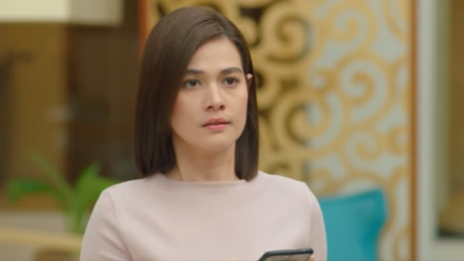 CONFUSED. Lia (Bea Alonzo) is shocked to see the return of former love Wado (Derek Ramsay). Lia is engaged to Philip (Paulo Avelino).