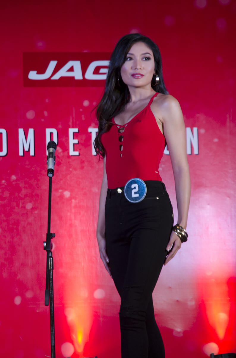 Arienne Calingo during the Bb Pilipinas Jag Denim fashion show in 2017. File photo by Rob Reyes/Rappler