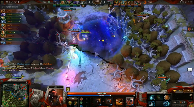 Pivotal team fight as Moonu2019s Chronosphere catches Kuku. Screenshot from live stream