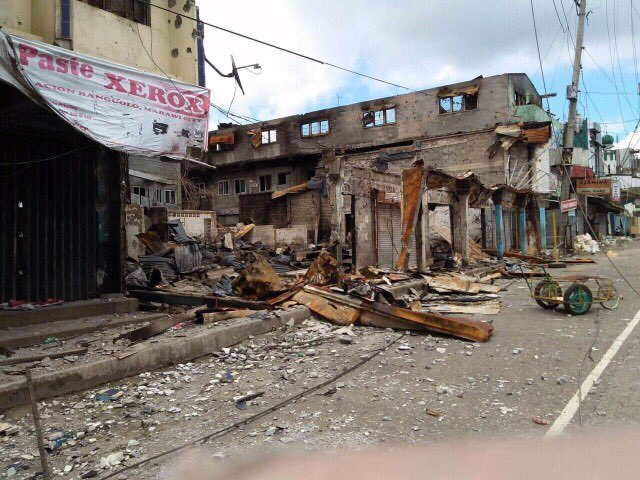 DESTRUCTION. Marawi City's Banggolo district is in ruins. Rappler file photo