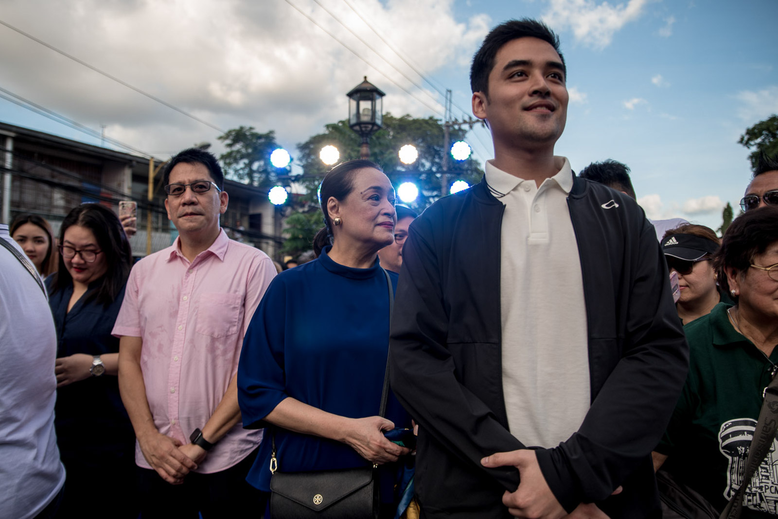 DEFINING MOMENT. Pasig Respresentative Roman Romulo (left) and actress Coney Reyes (center), mother of Vico Sotto (right), waiting for the Pasig mayor's turn to deliver his State of the City Address on October 8, 2019. Photo by Lisa Marie David/Rappler
