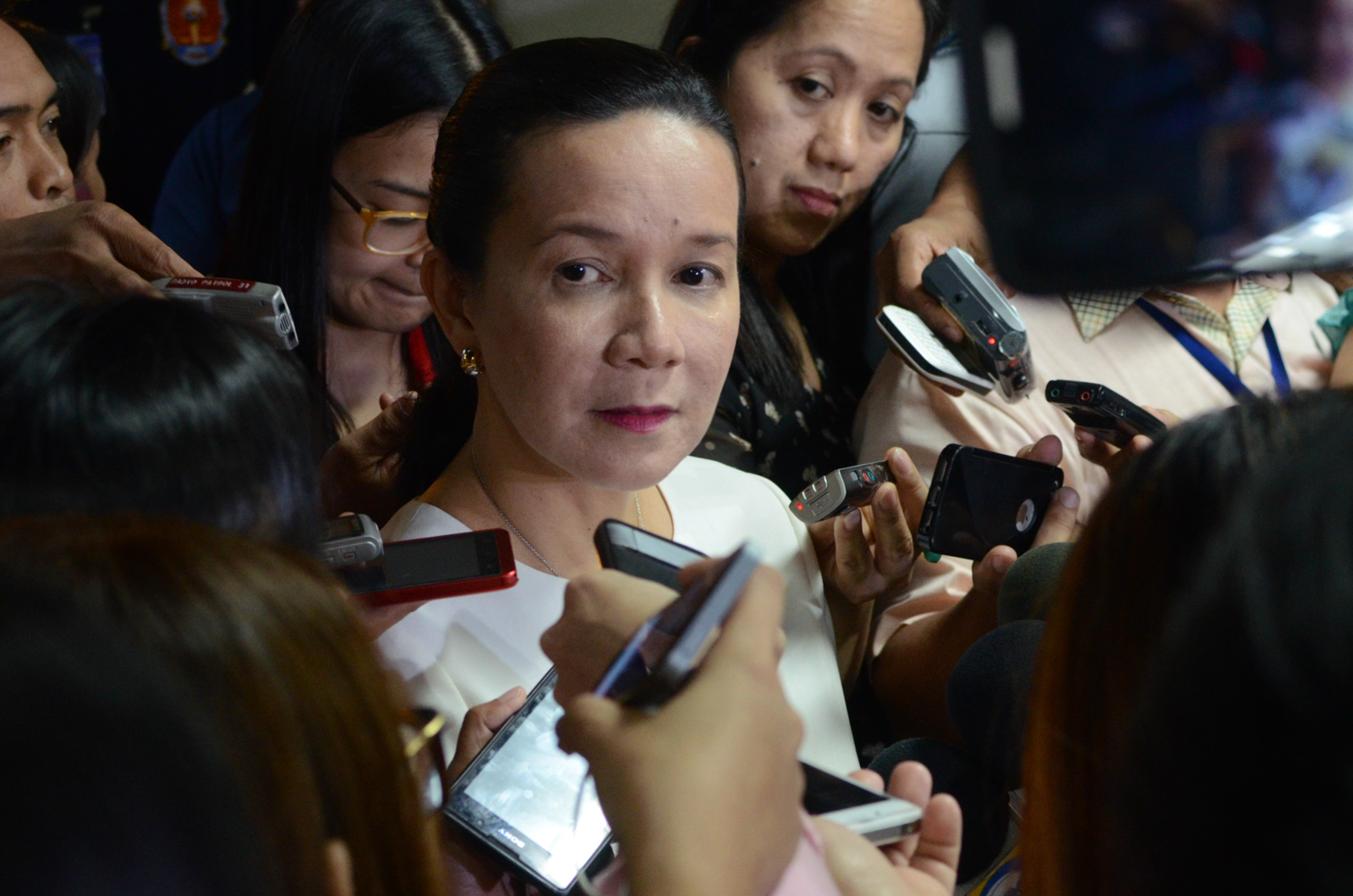 'I AM QUALIFIED TO RUN FOR PRESIDENT': Senator Grace Poe responds to allegations made by UNA spokesperson Toby Tiangco. Photo by Alecs Ongcal/Rappler