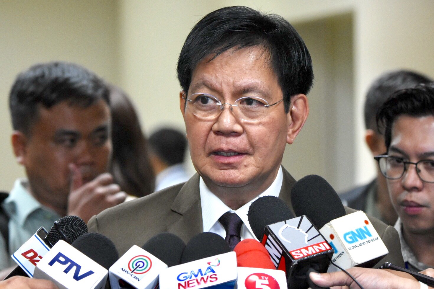 GUN CONTROL. Senator Panfilo Lacson advises the PNP to suspend permits to carry firearms outside of homes. File photo by Angie de Silva/Rappler