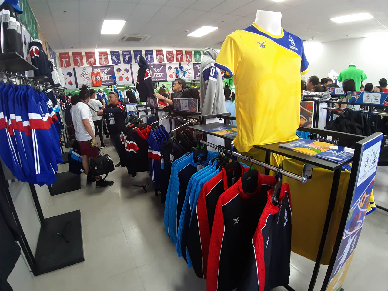 P999. Dri-fit shirts from FBT cost close to P1,000. Photo by Mau Victa/Rappler