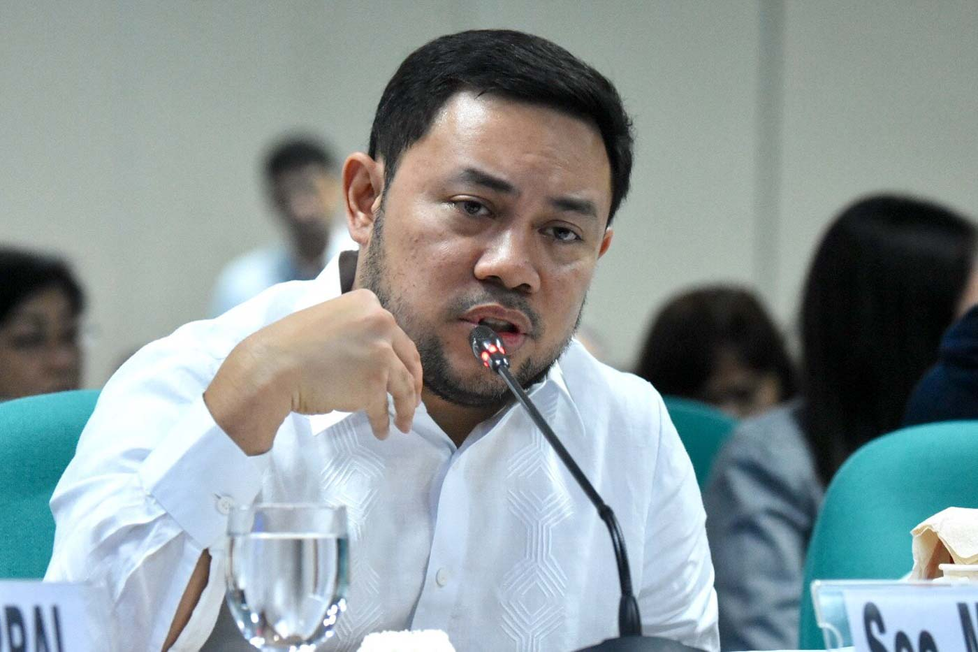 PUBLIC WORKS. DPWH Secretary Mark Villar defends the P543-billion proposed 2020 budget of his office on September 23, 2019. Photo by Angie de Silva/Rappler