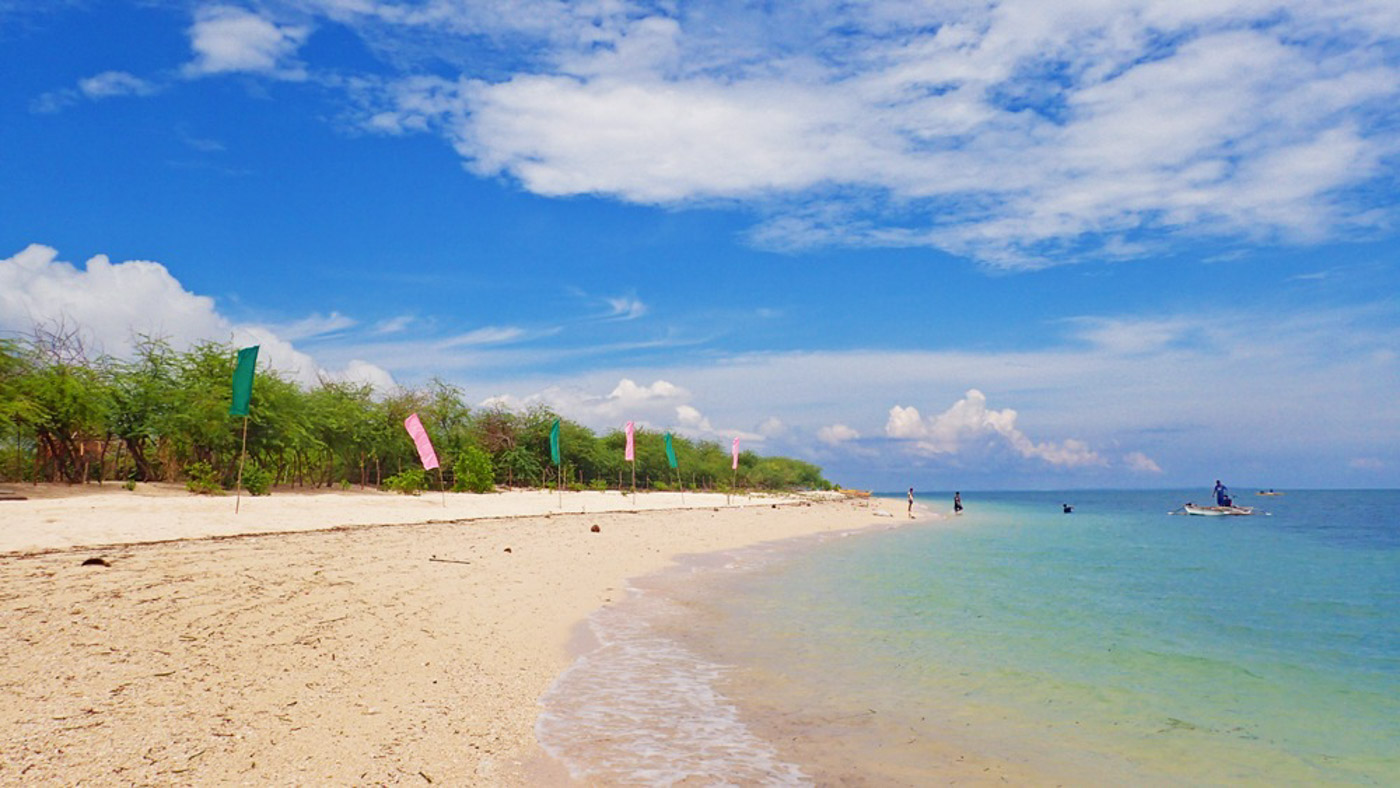 PARADISE. On a sunny day Alibijaban easily looks likes a paradise with its whites and blues.