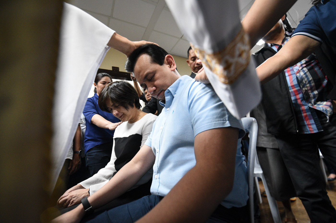 OPPOSITION MARTYR. Supporters of Senator Antonio Trillanes IV gather for a mass followed by a pray-over at the Senate on September 6, 2018. Photo by Alecs Ongcal/Rappler