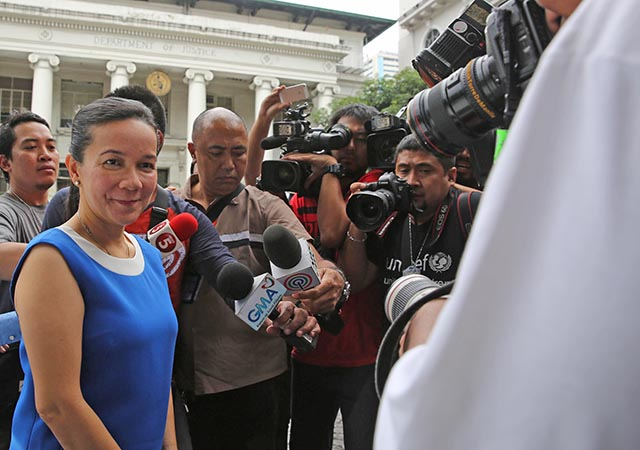 COURT VICTORY. Senator Grace Poe at the Supreme Court. File photo by Rappler