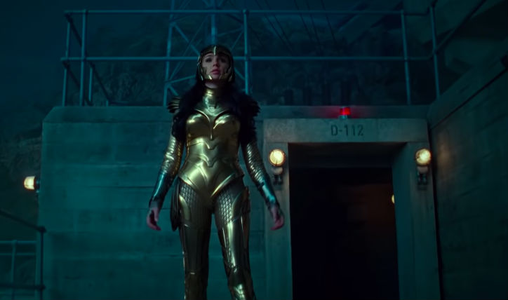 NEW UNIFORM. Wonder Woman wears another version of her suit. Screenshot from YouTube/Warner Bros Pictures