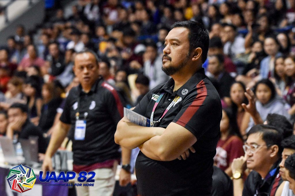 RELIEVED. Coach Bo Perasol steers the Maroons to their seventh win (7-4) that kept them behind unbeaten Ateneo (12-0). Photo release