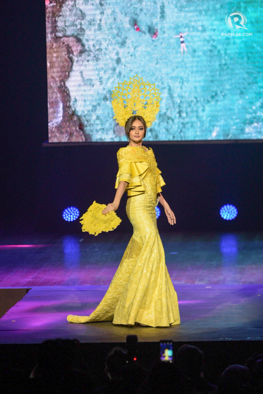 YELLOW. Ahtisa Manalo goes yellow in her costume by Mikee Andrei.