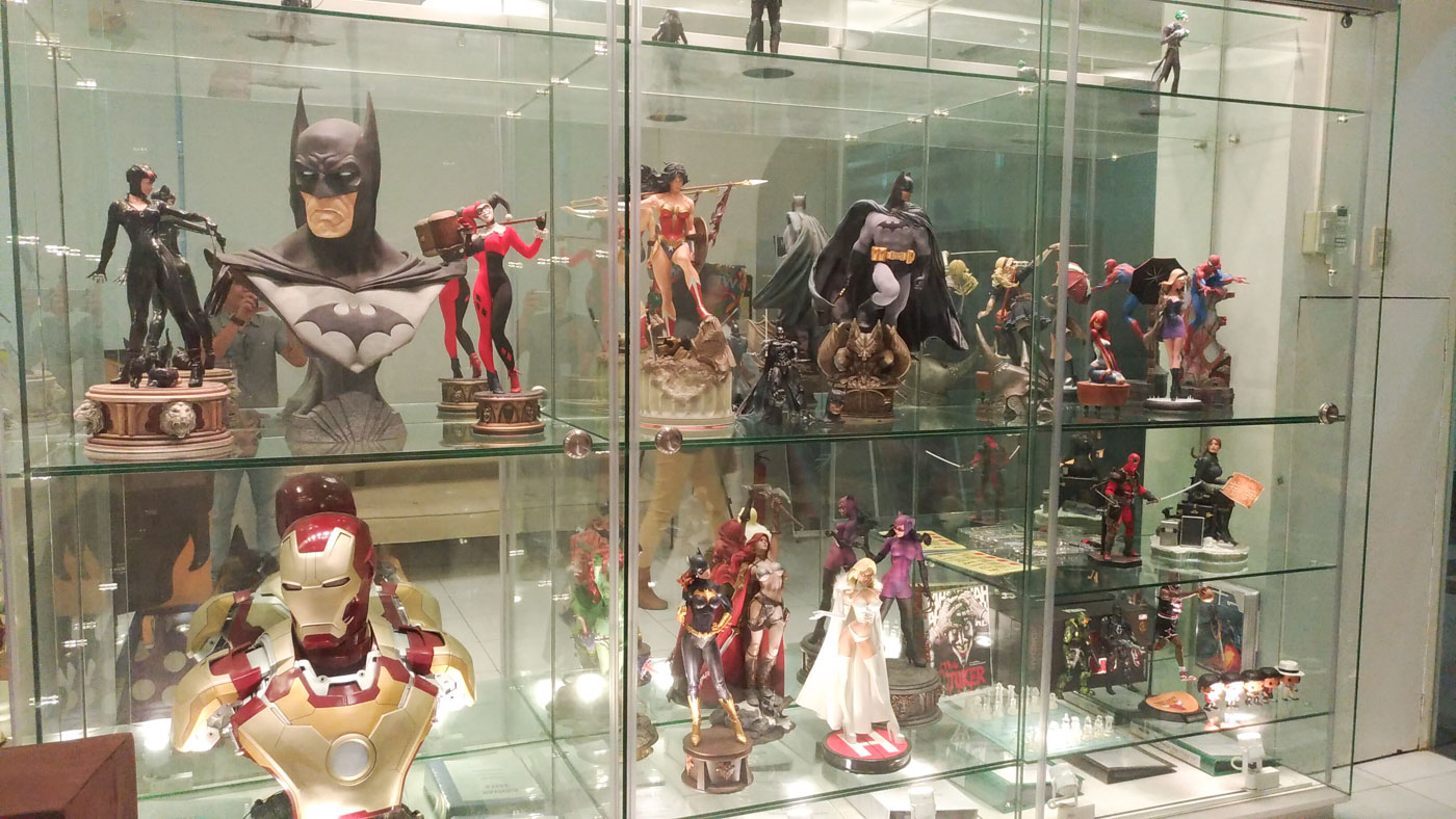 IMPRESSIVE COLLECTION. The studio feels like a mini-museum for the Western comic book giants. Photo by Gelo Gonzales/Rappler