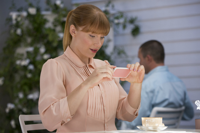 SNAPSHOT. Bryce Dallas Howard takes a photo of her drink in 'Nosedive.' Photo from Netflix
