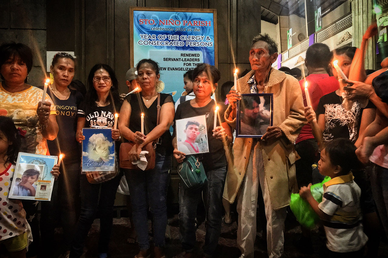 Families remember their fallen loved ones, victims of extrajudicial killings. Photo by CSO-CHR (Consultative Caucus on Human Rights)